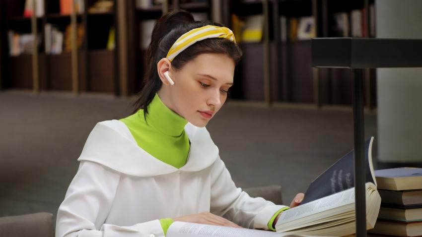Greičiau perskaityti ar perklausyti? Audioknygos, kurioms pakaks nepilnos dienos