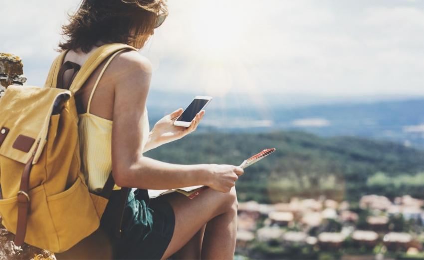 Planuojate kelionę užsienyje: kaip paruošti išmanųjį kelionei be rūpesčių?