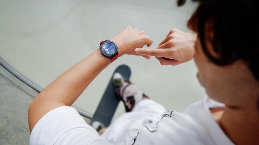 Tyrimas: beveik pusė sportuojančių savarankiškai naudoja išmaniuosius įrenginius