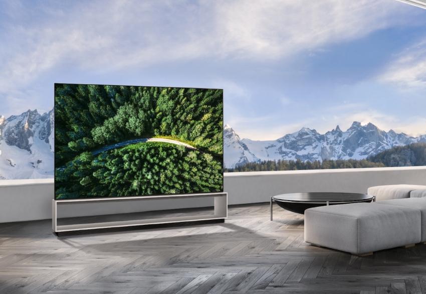 """""""8K OLED"""" ir """"NANOCELL"""" televizoriai iš """"LG"""" pradeda pasaulinę kelionę"""
