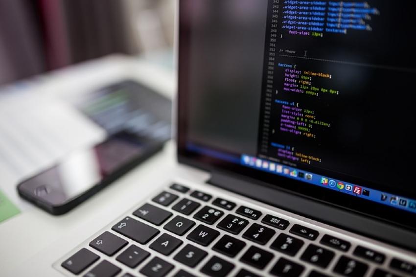 Faktai apie technologijas, palaikančias skaitmeninę ekonomiką