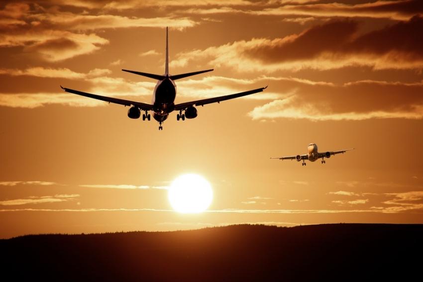 Kaip pirkti lėktuvų bilietus, kad skrydžiai tikrai būtų pigūs