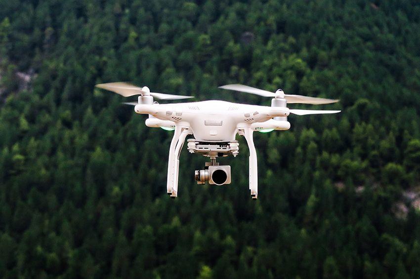 Dronai Lietuvos padangėje: taisyklės, kurias būtina žinoti
