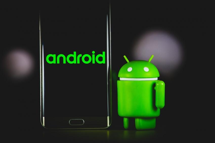 """5 svarbiausios """"Google I/O"""" konferencijos naujienos: nuo """"Android 12"""" iki naujos kartos išmaniųjų laikrodžių"""