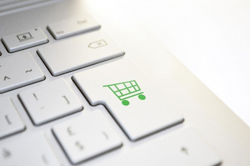 """""""ConnectPay"""" žengia į paslaugų el. prekybininkams rinką"""